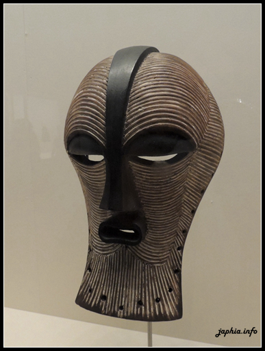 契威比面具