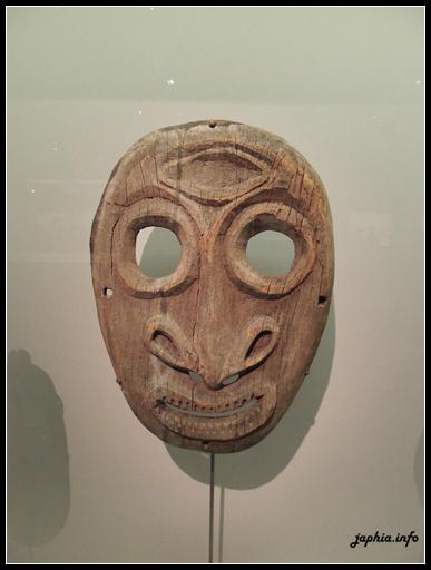 典礼堂面具