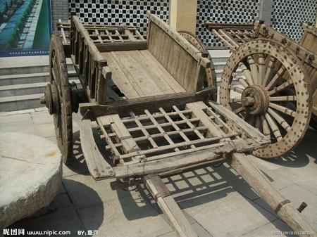 大轱辘木头车
