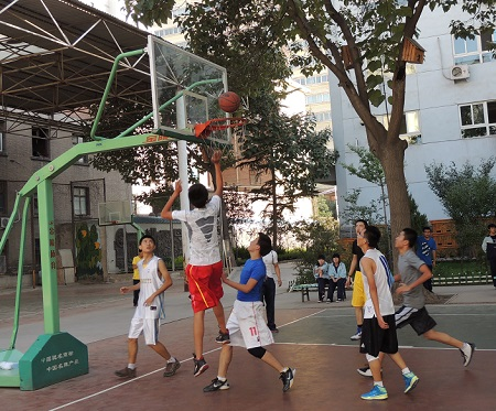 兰大附中篮球赛