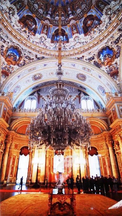 新皇宫帝王厅水晶灯
